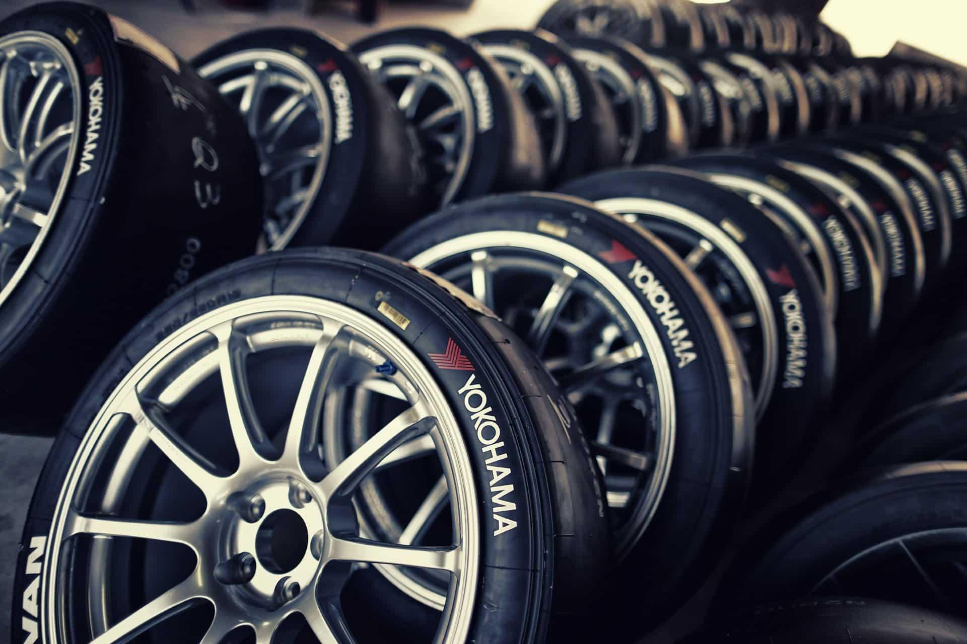 YOKOHAMA-tyres yokohama-ottawa ottawa-tires tire summer-tires all-season-tires ottawa goldwing