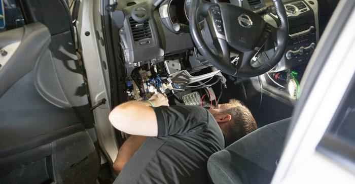 trailer-hitch-ottawa ottawa-brake-controller wiring-car-ottawa ottawa-trailer-install ottawa-brake-controller-install