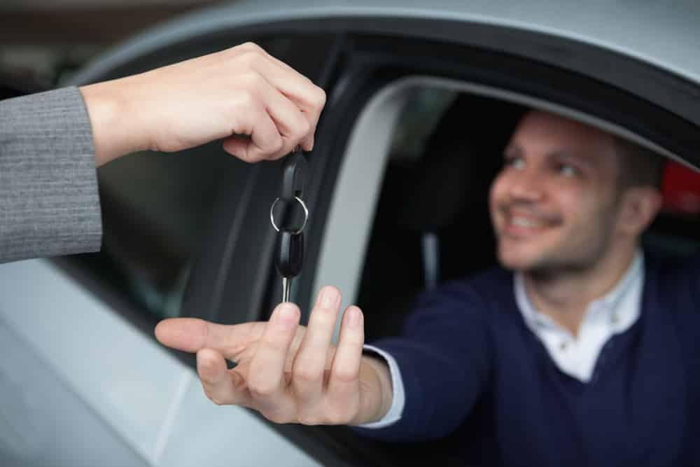 Vehicle-Brand-Loyal-Customer